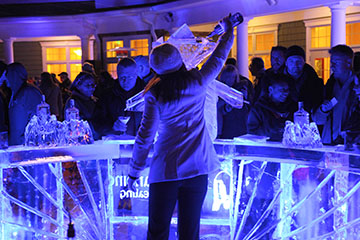 drinks-pouring-at-ice-bar